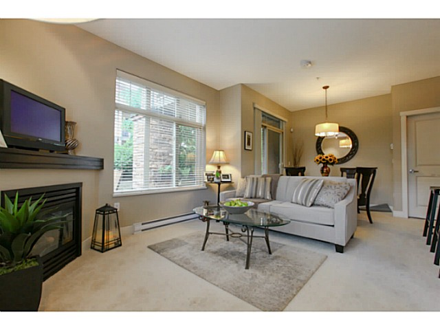 "Photo 8: 110 6500 194 Street in Surrey: Clayton Condo for sale in ""Sunset Grove"" (Cloverdale)  : MLS® # F1440693"