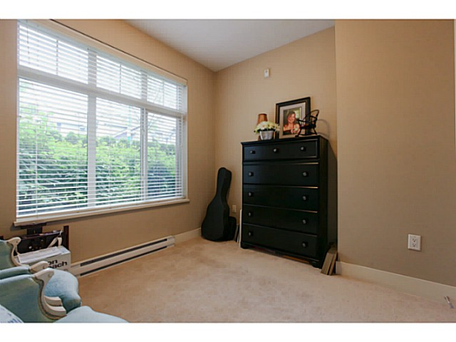"Photo 12: 110 6500 194 Street in Surrey: Clayton Condo for sale in ""Sunset Grove"" (Cloverdale)  : MLS(r) # F1440693"