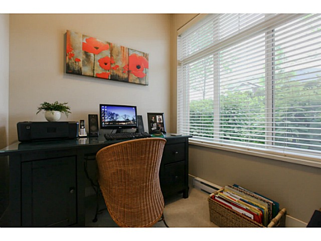 "Photo 10: 110 6500 194 Street in Surrey: Clayton Condo for sale in ""Sunset Grove"" (Cloverdale)  : MLS® # F1440693"