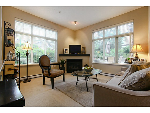 "Photo 6: 110 6500 194 Street in Surrey: Clayton Condo for sale in ""Sunset Grove"" (Cloverdale)  : MLS(r) # F1440693"