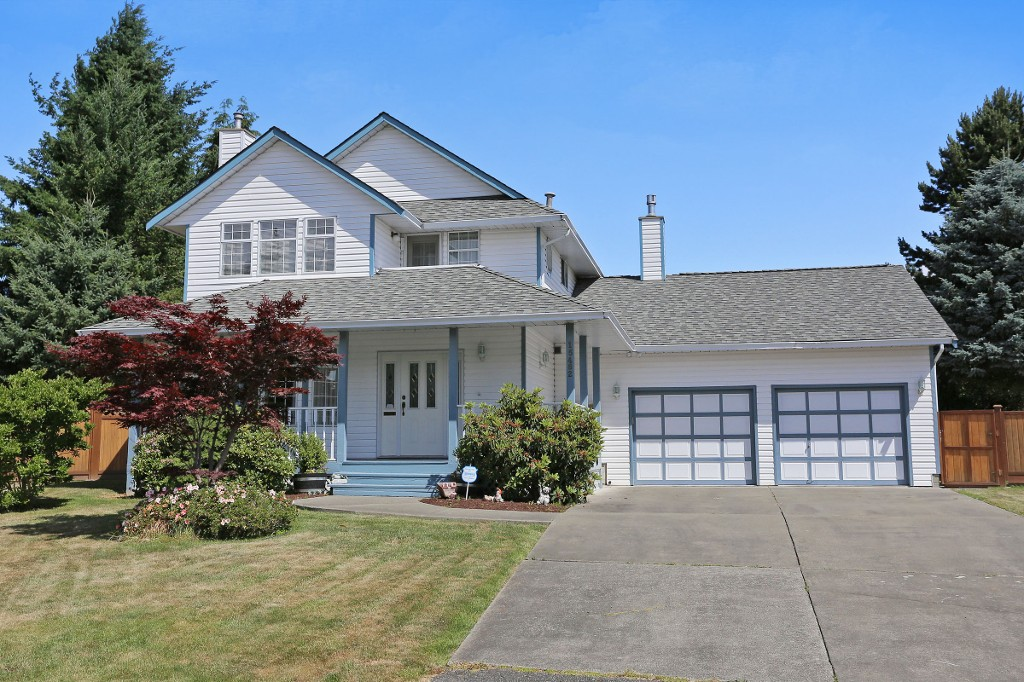 "Main Photo: 15482 KILMORE Court in Surrey: Sullivan Station House for sale in ""Sullivan Station"" : MLS®# F1444345"