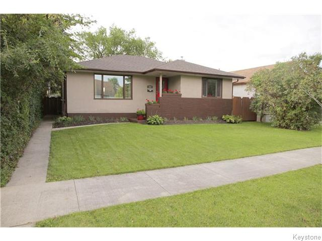 Main Photo: 101 Haig Avenue in WINNIPEG: St Vital Residential for sale (South East Winnipeg)  : MLS(r) # 1525095