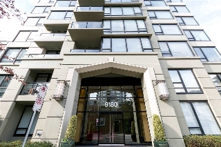 "Main Photo: 1503 9180 HEMLOCK Drive in Richmond: McLennan North Condo for sale in ""MAGNOLIA & CASUARINA"" : MLS® # R2047012"