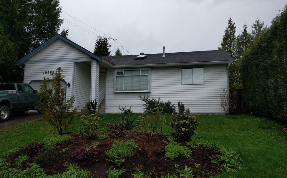 Main Photo: 19259 63A Avenue in Surrey: Clayton House for sale (Cloverdale)  : MLS® # R2047752