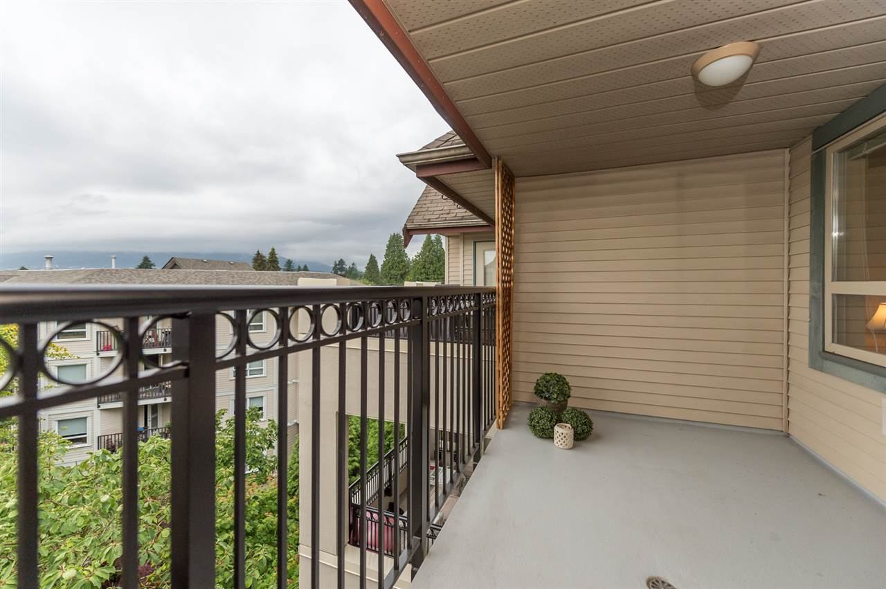 "Photo 9: 509 150 W 22 Street in North Vancouver: Central Lonsdale Condo for sale in ""The Sierra"" : MLS(r) # R2074636"