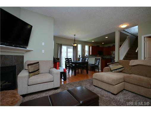 Photo 6: 998 Wild Pond Lane in VICTORIA: La Happy Valley Single Family Detached for sale (Langford)  : MLS(r) # 365813