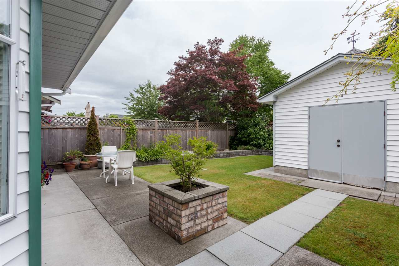 Photo 18: 3275 PLEASANT Street in Richmond: Steveston Village House for sale : MLS(r) # R2078888