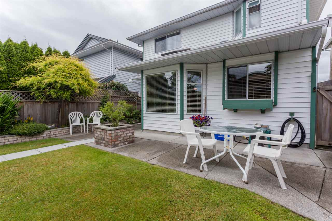 Main Photo: 3275 PLEASANT Street in Richmond: Steveston Village House for sale : MLS(r) # R2078888