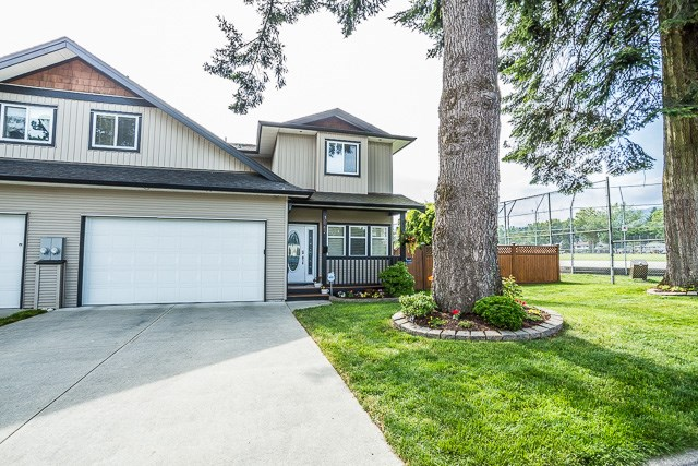 Main Photo: 3067 WELLINGTON Street in Port Coquitlam: Glenwood PQ House for sale : MLS® # R2086881