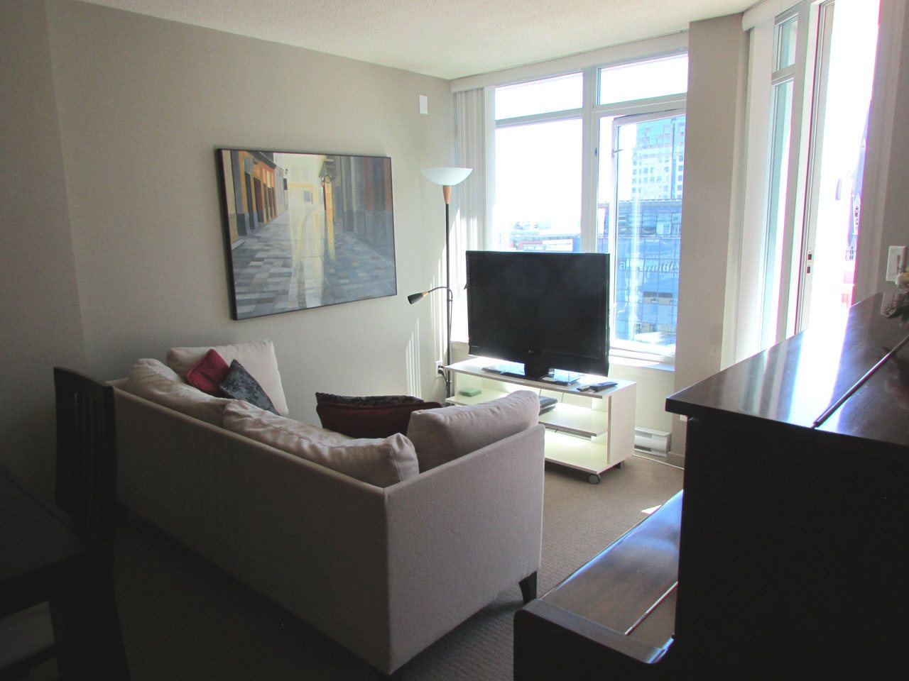 "Photo 7: 1015 610 GRANVILLE Street in Vancouver: Downtown VW Condo for sale in ""THE HUDSON"" (Vancouver West)  : MLS® # R2102666"