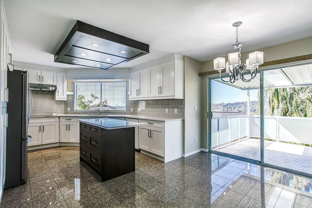 Photo 3: 1121 COUTTS Way in Port Coquitlam: Citadel PQ House for sale : MLS(r) # R2119510