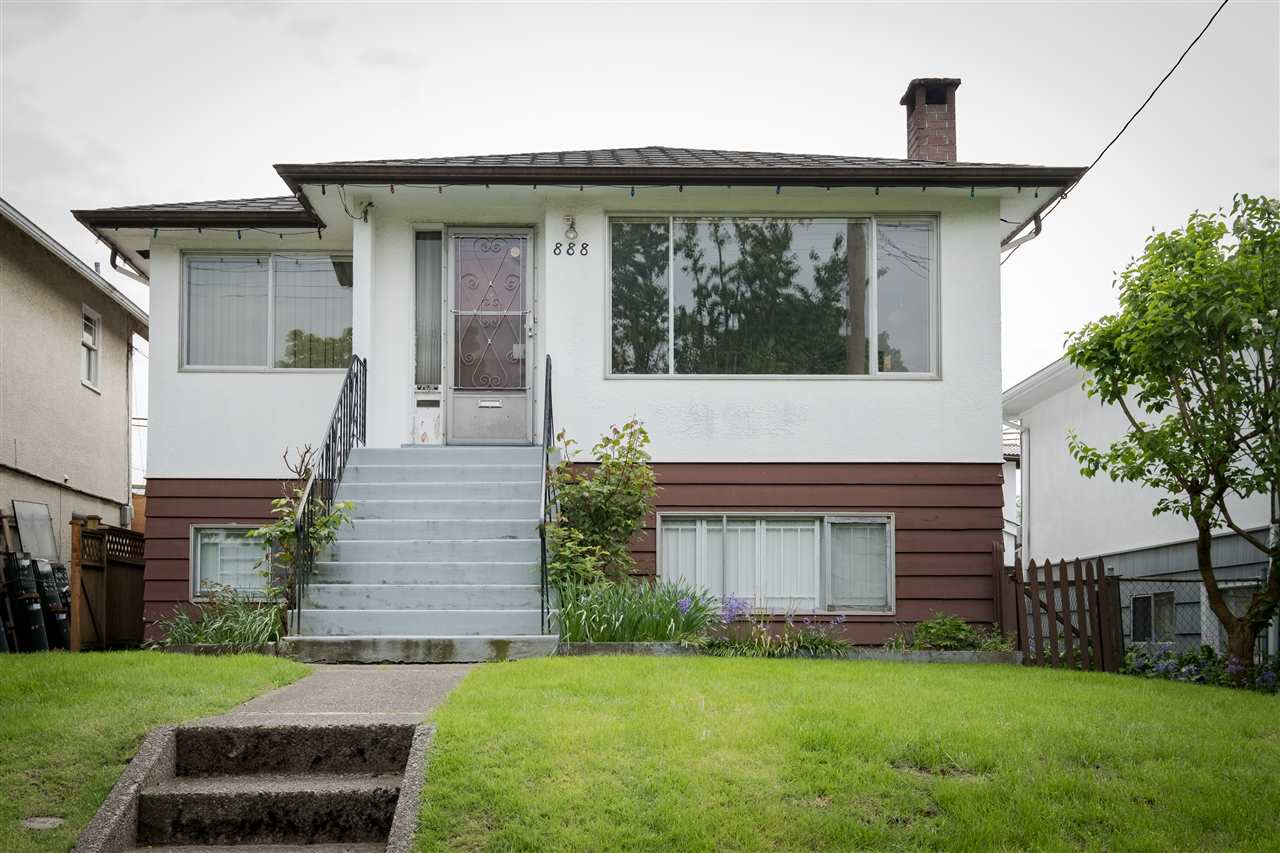 Main Photo: 888 LILLOOET Street in Vancouver: Renfrew VE House for sale (Vancouver East)  : MLS(r) # R2168481