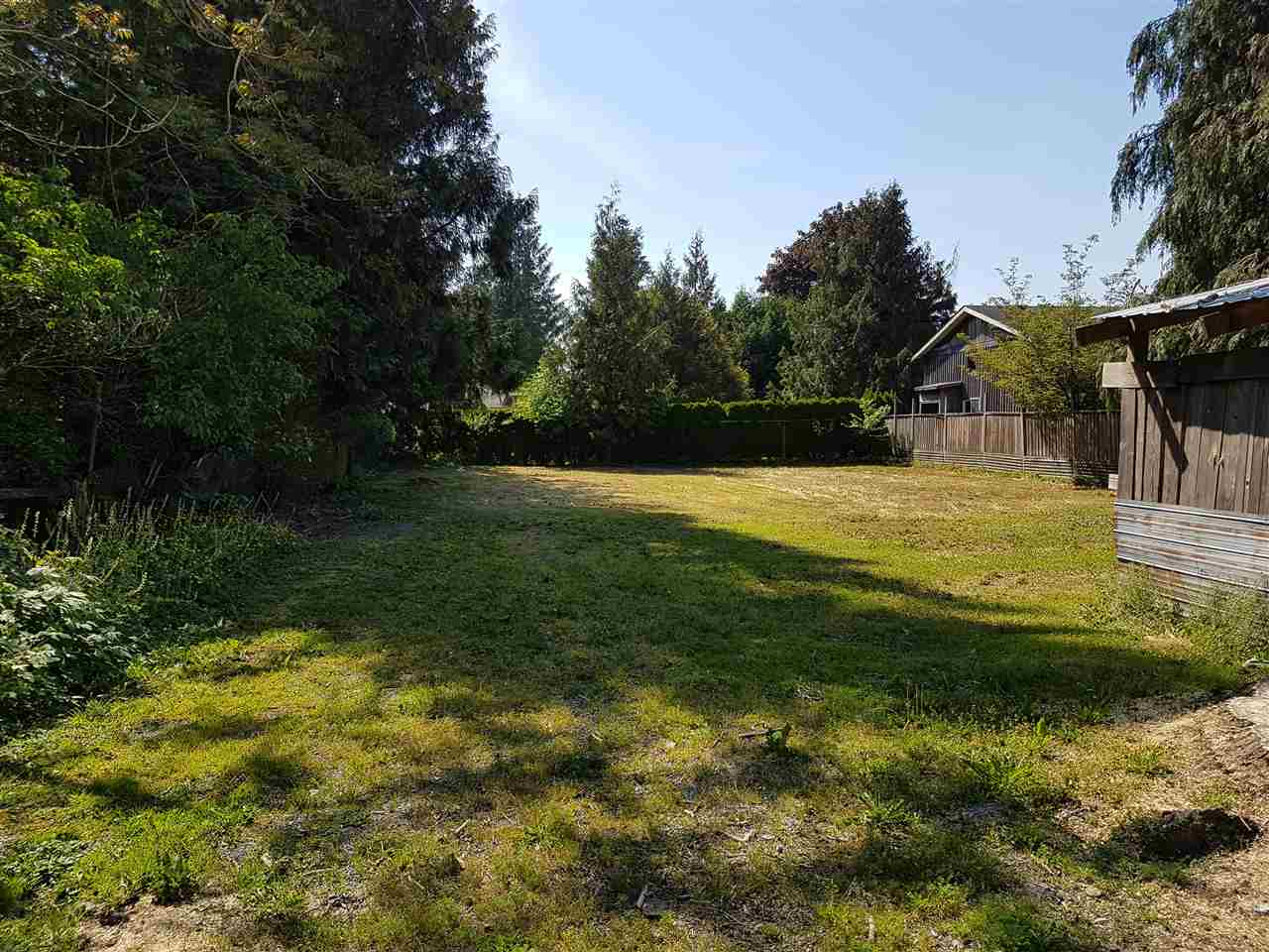 Main Photo: 5677 WALLACE Street in Abbotsford: Matsqui House for sale : MLS® # R2172497