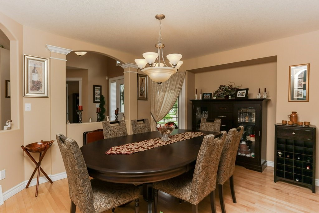 Photo 6: 359 HERITAGE Drive: Sherwood Park House for sale : MLS® # E4066882
