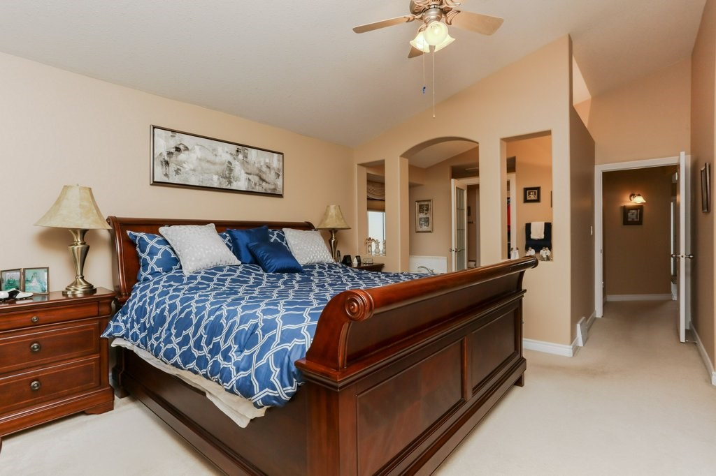 Photo 20: 359 HERITAGE Drive: Sherwood Park House for sale : MLS® # E4066882