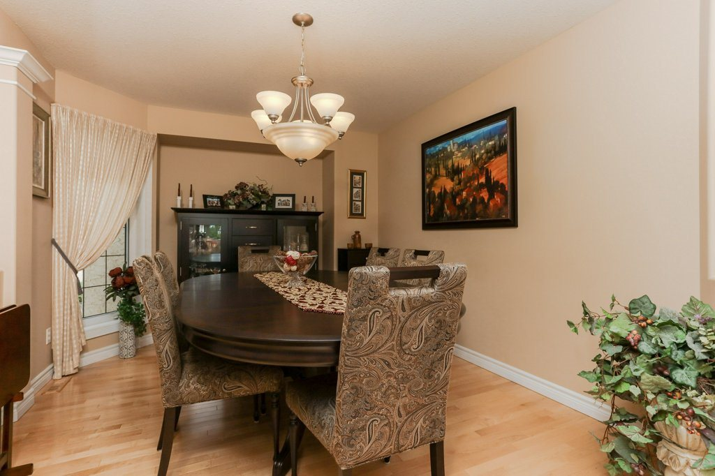 Photo 5: 359 HERITAGE Drive: Sherwood Park House for sale : MLS® # E4066882