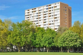 "Main Photo: 907 6611 MINORU Boulevard in Richmond: Brighouse Condo for sale in ""REGENCY PARK TOWERS"" : MLS(r) # R2172823"