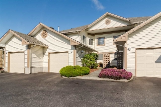 "Main Photo: 23 6140 192 Street in Surrey: Cloverdale BC Townhouse for sale in ""The Estates at Manor Ridge"" (Cloverdale)  : MLS(r) # R2173192"