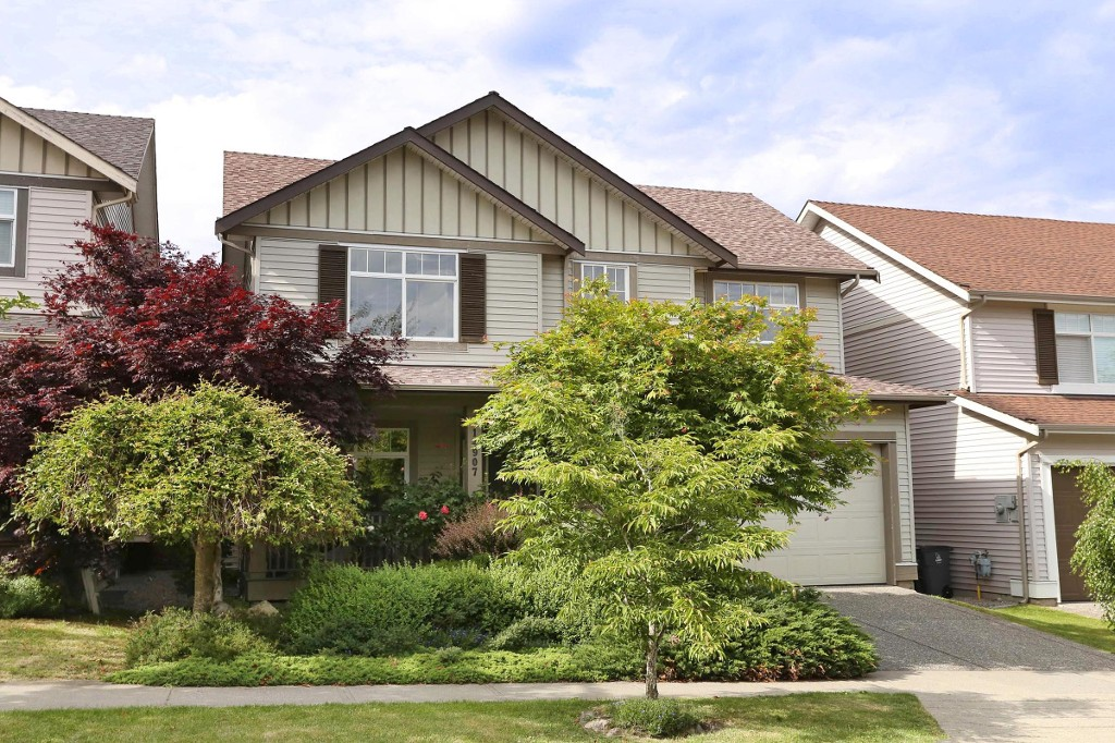 "Main Photo: 14907 58A Avenue in Surrey: Sullivan Station House for sale in ""Millers Lane"" : MLS® # R2175827"