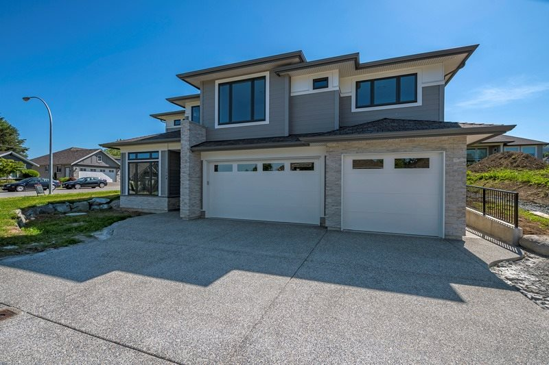 "Main Photo: 3964 COACHSTONE Way in Abbotsford: Abbotsford East House for sale in ""CREEKSTONE ON THE PARK"" : MLS® # R2176586"