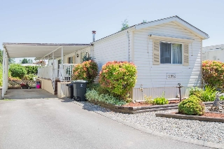 "Main Photo: 119 11952 PINYON Drive in Pitt Meadows: Central Meadows Manufactured Home for sale in ""MEADOW HIGHLAND PARK"" : MLS(r) # R2182064"