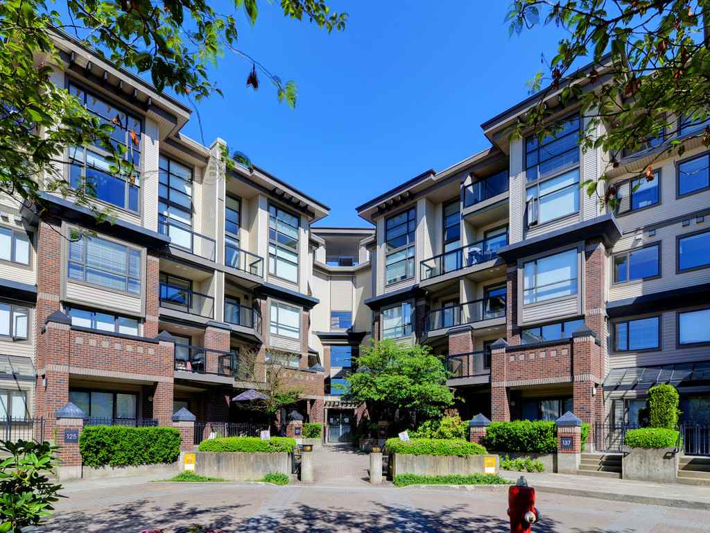 Main Photo: 446 10838 CITY Parkway in Surrey: Whalley Condo for sale (North Surrey)  : MLS®# R2182579