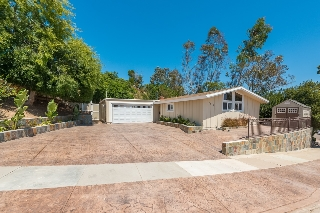Main Photo: SERRA MESA House for sale : 4 bedrooms : 2541 Mobley St in San Diego