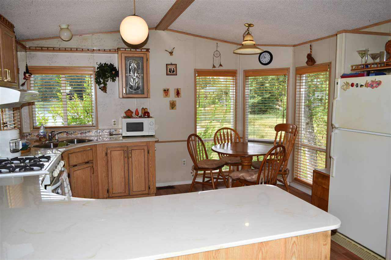 Photo 3: Photos: 13 12793 MADEIRA PARK Road in Madeira Park: Pender Harbour Egmont Manufactured Home for sale (Sunshine Coast)  : MLS® # R2198809
