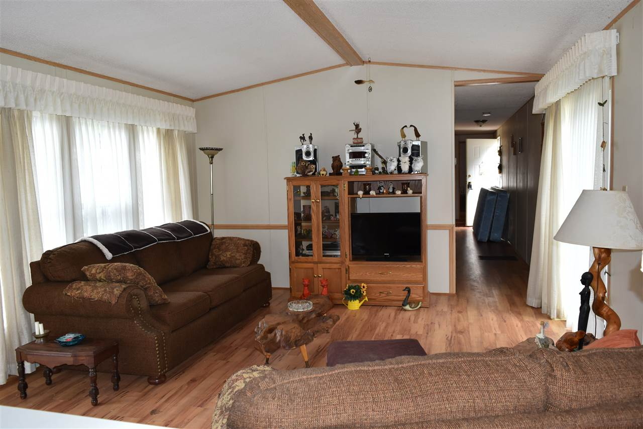 Photo 7: Photos: 13 12793 MADEIRA PARK Road in Madeira Park: Pender Harbour Egmont Manufactured Home for sale (Sunshine Coast)  : MLS® # R2198809