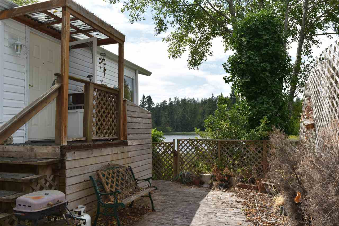 Photo 15: Photos: 13 12793 MADEIRA PARK Road in Madeira Park: Pender Harbour Egmont Manufactured Home for sale (Sunshine Coast)  : MLS® # R2198809