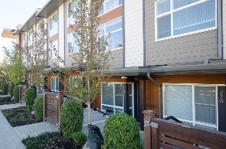 "Main Photo: 225 2228 162 Street in Surrey: Grandview Surrey Townhouse for sale in ""BREEZE"" (South Surrey White Rock)  : MLS® # R2204536"