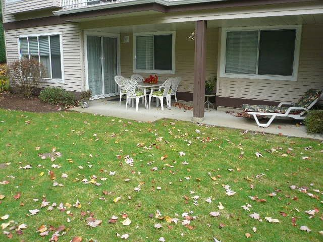 "Main Photo: 902 1750 MCKENZIE Road in Abbotsford: Poplar Townhouse for sale in ""Alderglen"" : MLS® # R2219751"
