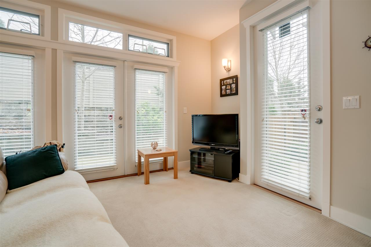 "Photo 17: Photos: 18 15454 32 Avenue in Surrey: Grandview Surrey Townhouse for sale in ""NUVO"" (South Surrey White Rock)  : MLS® # R2225404"