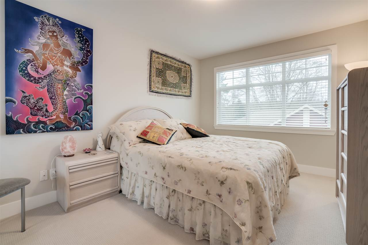 "Photo 13: Photos: 18 15454 32 Avenue in Surrey: Grandview Surrey Townhouse for sale in ""NUVO"" (South Surrey White Rock)  : MLS® # R2225404"