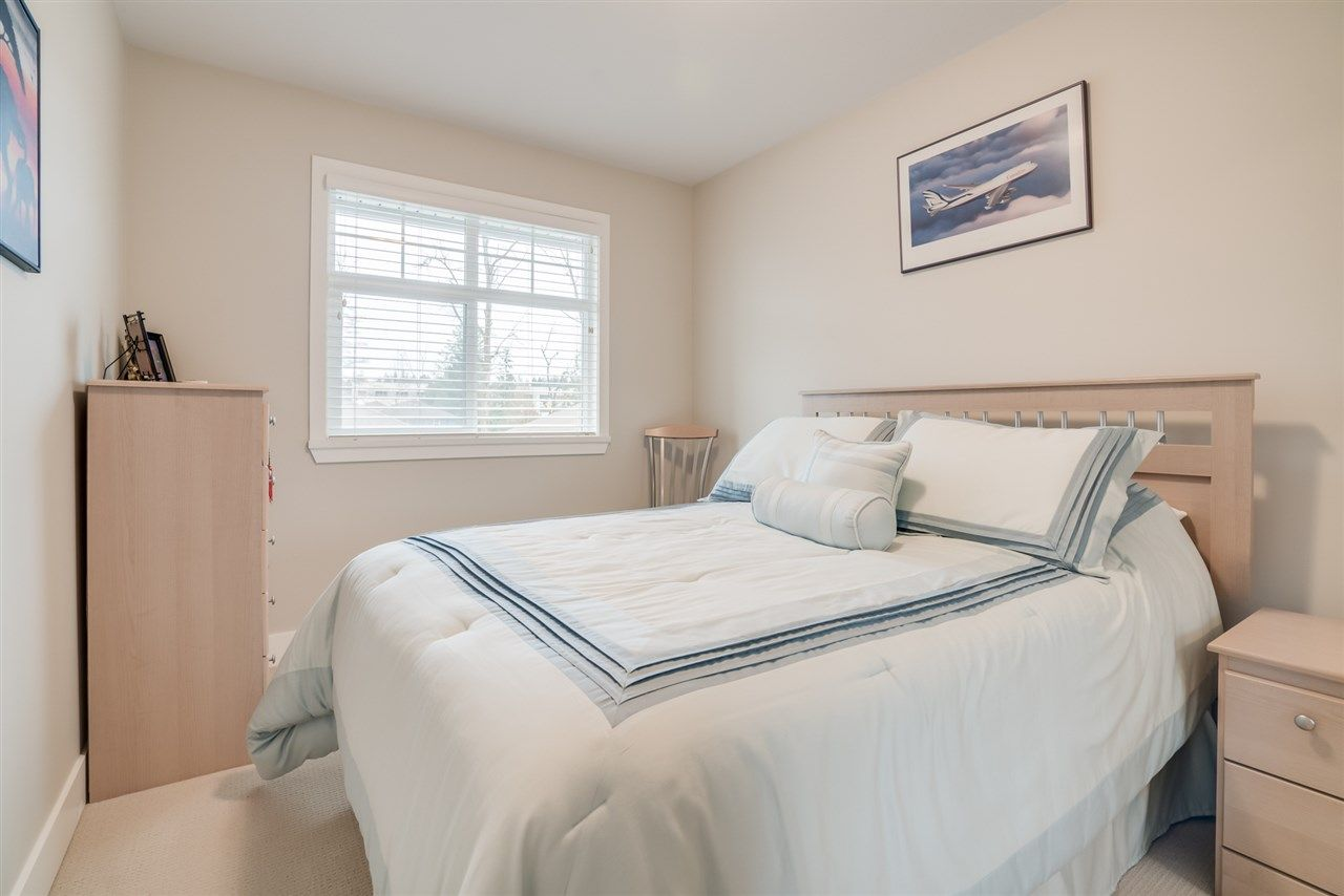 "Photo 14: Photos: 18 15454 32 Avenue in Surrey: Grandview Surrey Townhouse for sale in ""NUVO"" (South Surrey White Rock)  : MLS® # R2225404"
