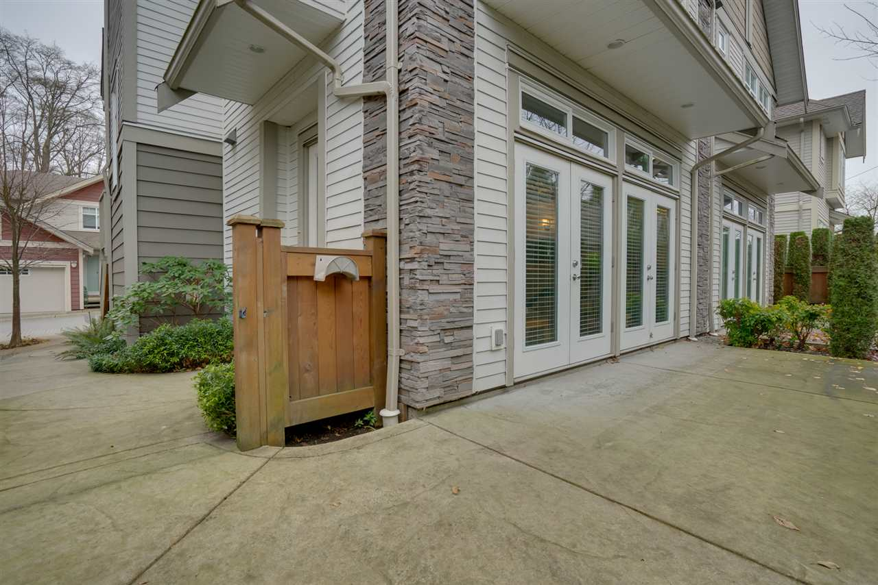 "Photo 19: Photos: 18 15454 32 Avenue in Surrey: Grandview Surrey Townhouse for sale in ""NUVO"" (South Surrey White Rock)  : MLS® # R2225404"