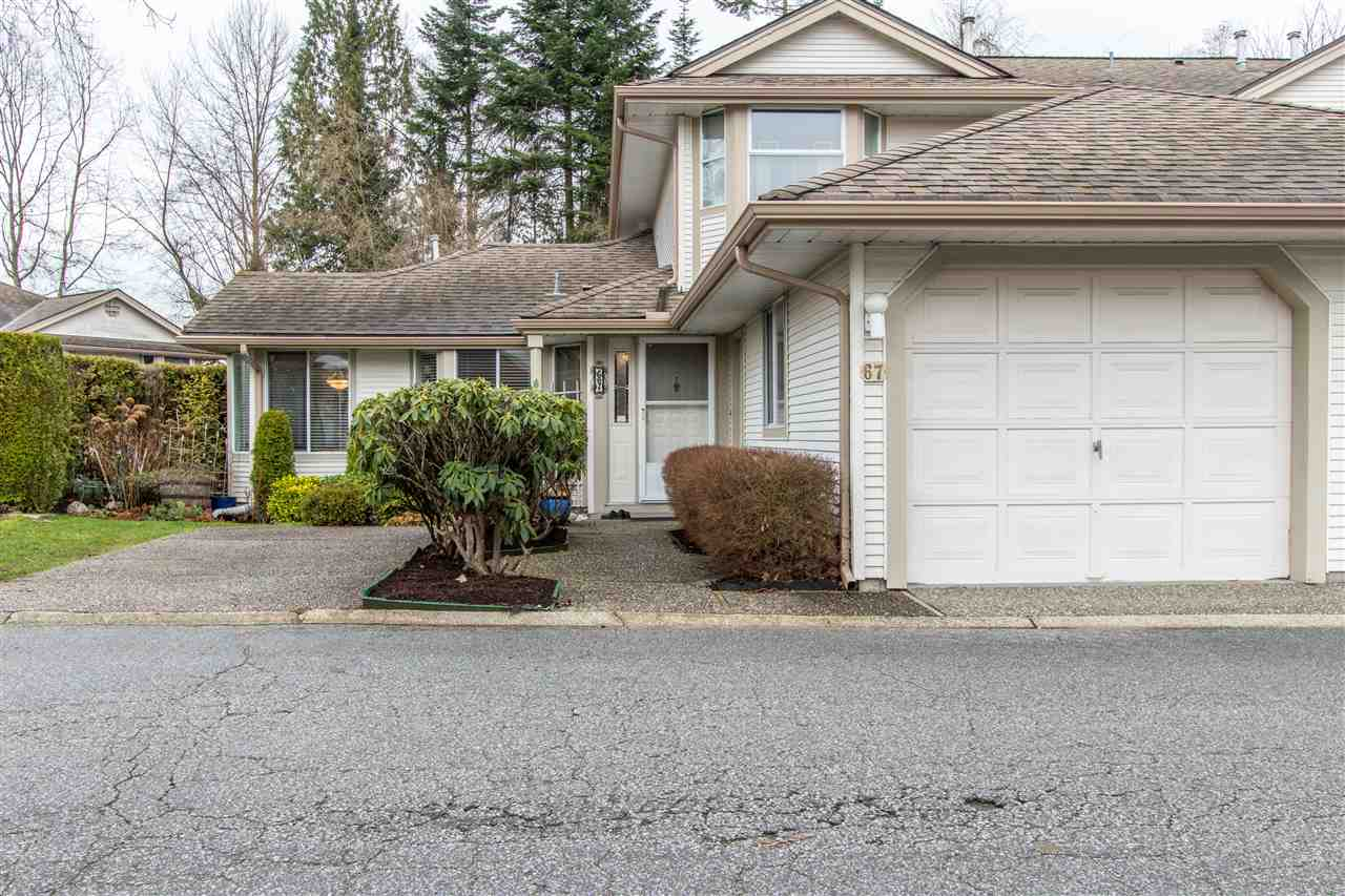 "Main Photo: 67 9045 WALNUT GROVE Drive in Langley: Walnut Grove Townhouse for sale in ""Bridgewoods"" : MLS® # R2239709"