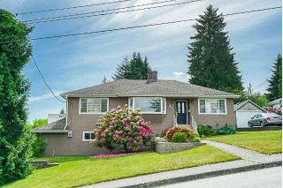 "Main Photo: 922 FIRST Street in New Westminster: GlenBrooke North House for sale in ""GLENBROOKE NORTH"" : MLS®# R2302157"
