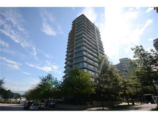 Main Photo: 1101 1777 BAYSHORE Drive in Vancouver: Coal Harbour Condo for sale in &quot;BAYSHORE GARDEN&quot; (Vancouver West)  : MLS(r) # V913554