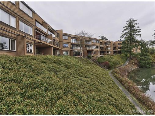 Main Photo: 217 485 Island Highway in VICTORIA: VR Six Mile Condo Apartment for sale (View Royal)  : MLS® # 335211