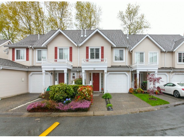 "Main Photo: 32 13499 92ND Avenue in Surrey: Queen Mary Park Surrey Townhouse for sale in ""Chatham Lane"" : MLS® # F1414205"