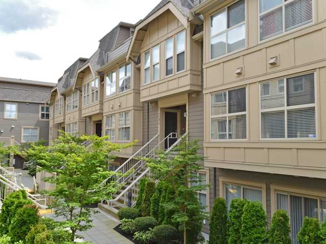 "Main Photo: 222 2110 ROWLAND Street in Port Coquitlam: Central Pt Coquitlam Townhouse for sale in ""AVIVA ON THE PARK"" : MLS® # V1071983"