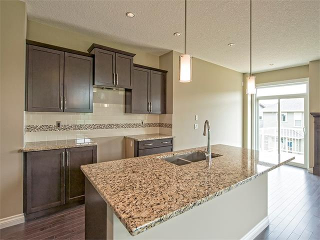 Photo 3: 362 NOLAN HILL Drive NW in Calgary: Nolan Hill House  : MLS® # C4014838
