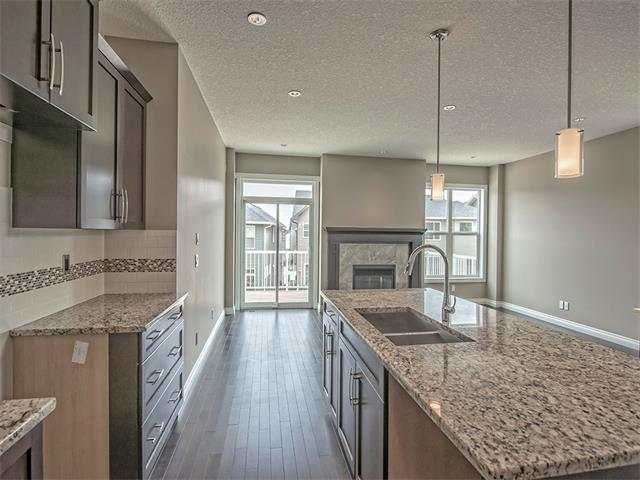 Photo 6: 362 NOLAN HILL Drive NW in Calgary: Nolan Hill House  : MLS® # C4014838