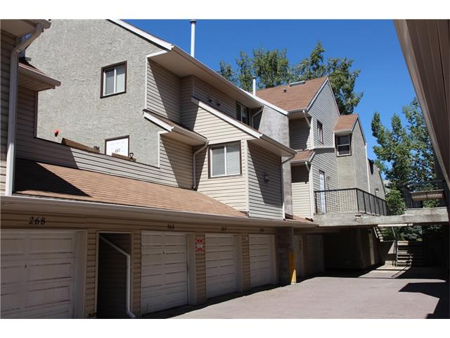 Main Photo: 267 78 Glamis Green SW in Calgary: Glamorgan House for sale : MLS® # C4024998