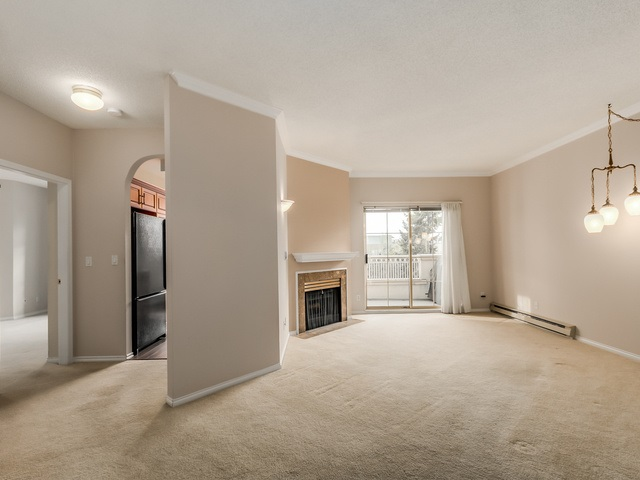Photo 4: 305 8560 GENERAL CURRIE Road in Richmond: Brighouse South Condo for sale : MLS(r) # R2000809