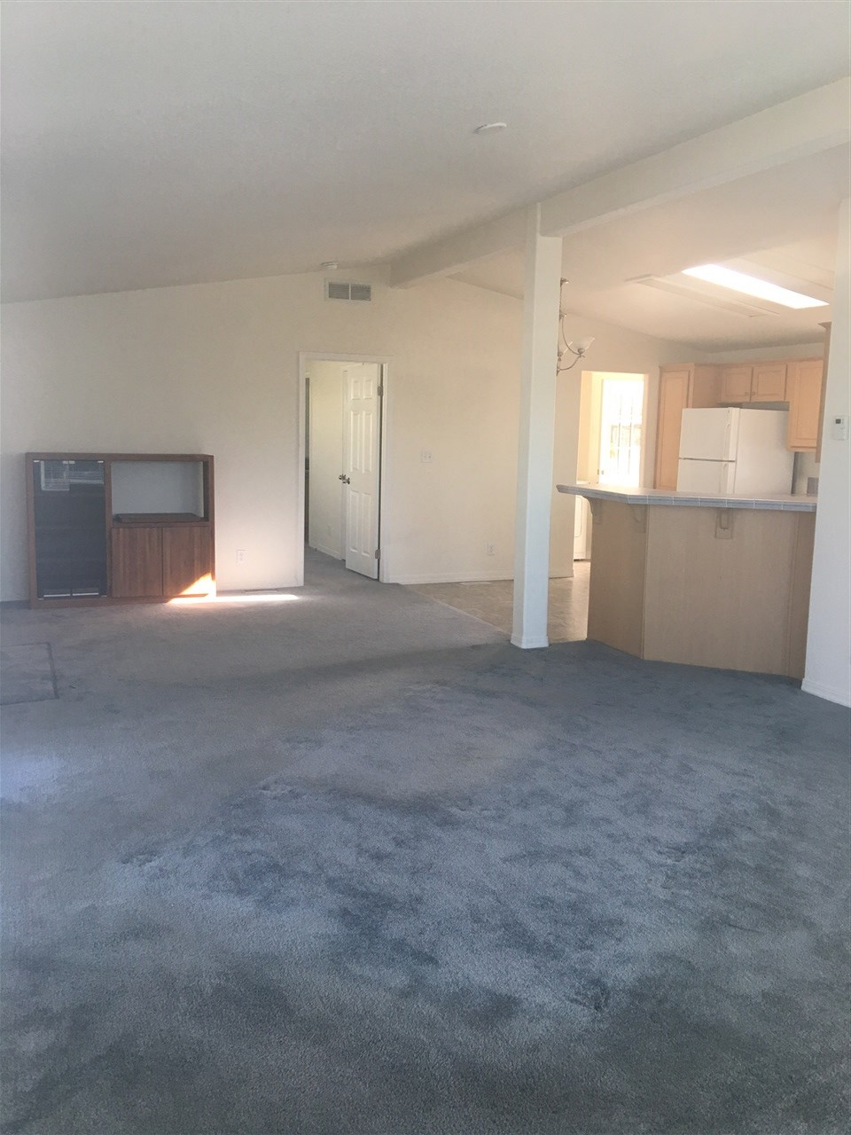 Photo 3: OCEANSIDE Manufactured Home for sale : 1 bedrooms : 200 N El Camino Real #6