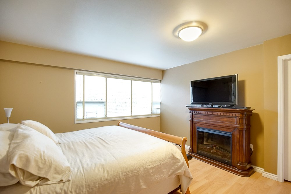 "Photo 11: 5 TAMATH Crescent in Vancouver: University VW House for sale in ""MUSQUEAM PARK"" (Vancouver West)  : MLS® # R2031709"