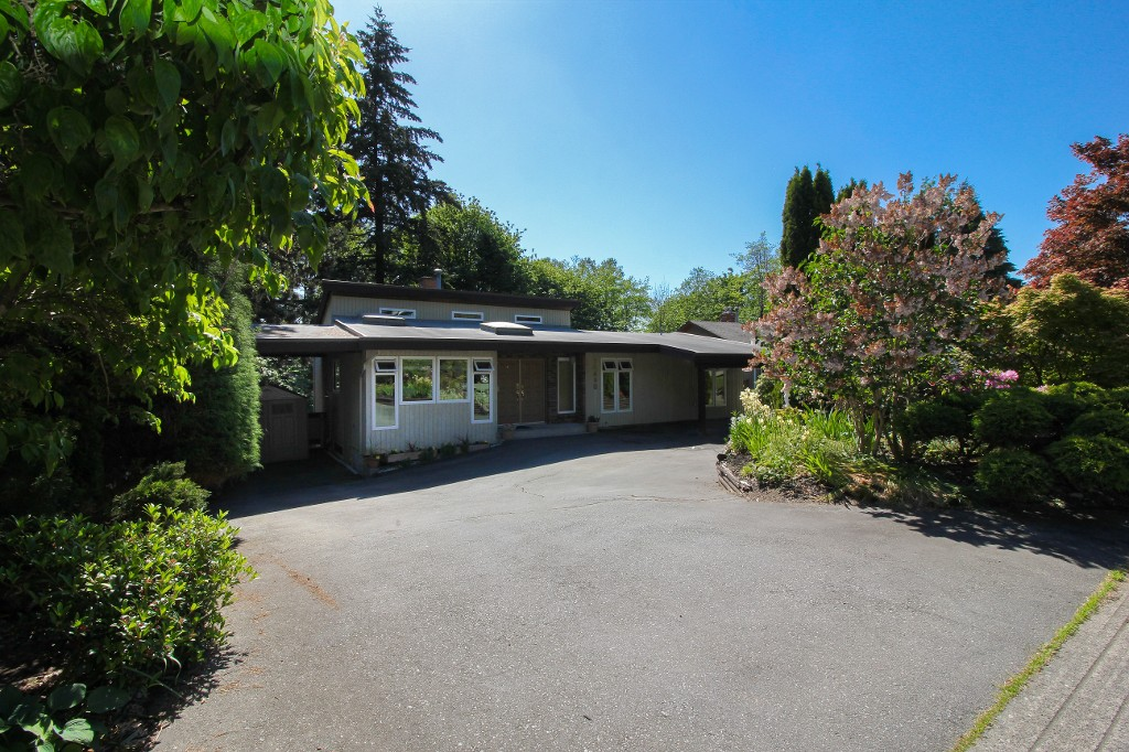 "Main Photo: 10490 SANTA MONICA Drive in Delta: Nordel House for sale in ""Canterbury Heights"" (N. Delta)  : MLS® # R2068026"