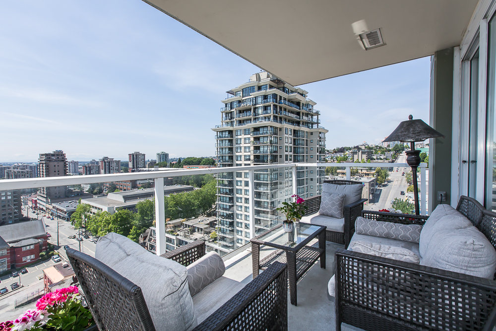 "Photo 13: 1806 39 SIXTH Street in New Westminster: Downtown NW Condo for sale in ""QUANTUM"" : MLS(r) # R2074909"